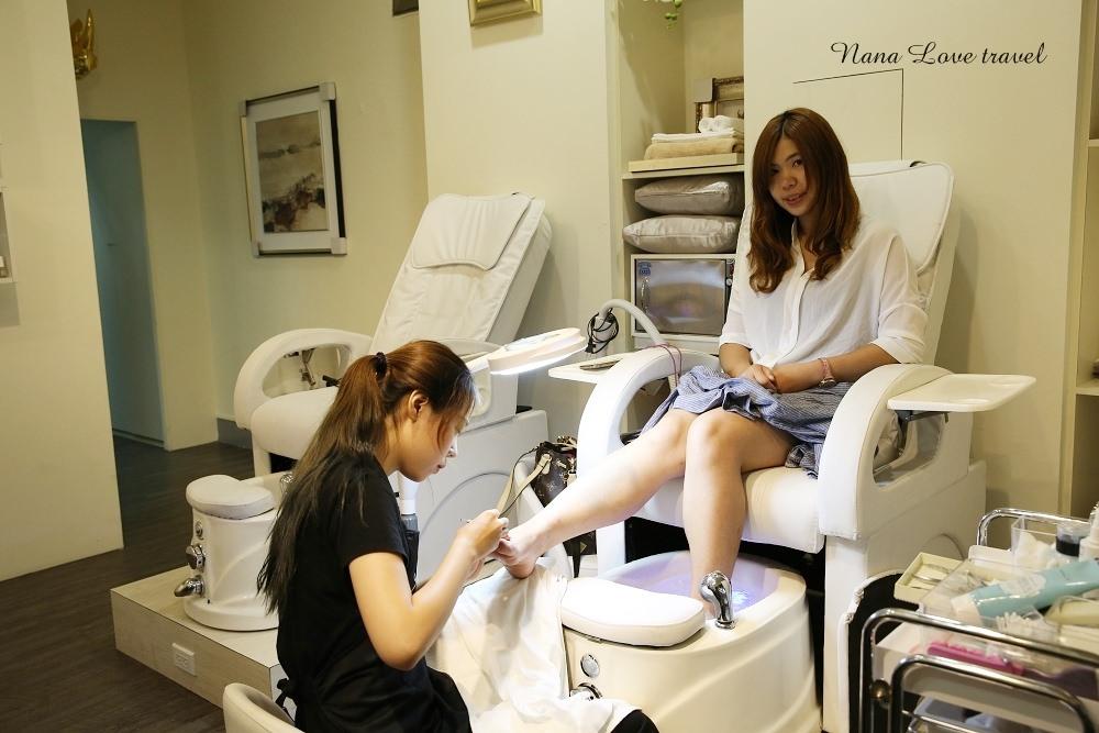 台中美甲美容推薦》TrueViu沐薇國際美學。夏日大改造光療指甲及足部保養課程、SPA美容