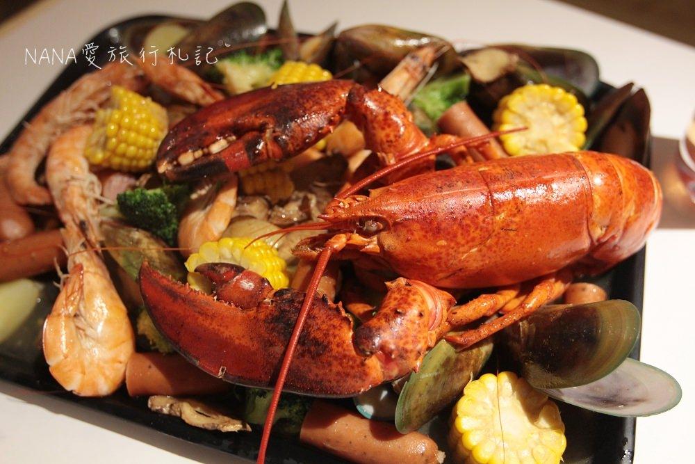 台中美食》Fidèle妃黛美式海鮮餐廳。冬季限定獨創薑母醬汁手抓Seafood,超狂超霸氣的波士頓龍蝦。