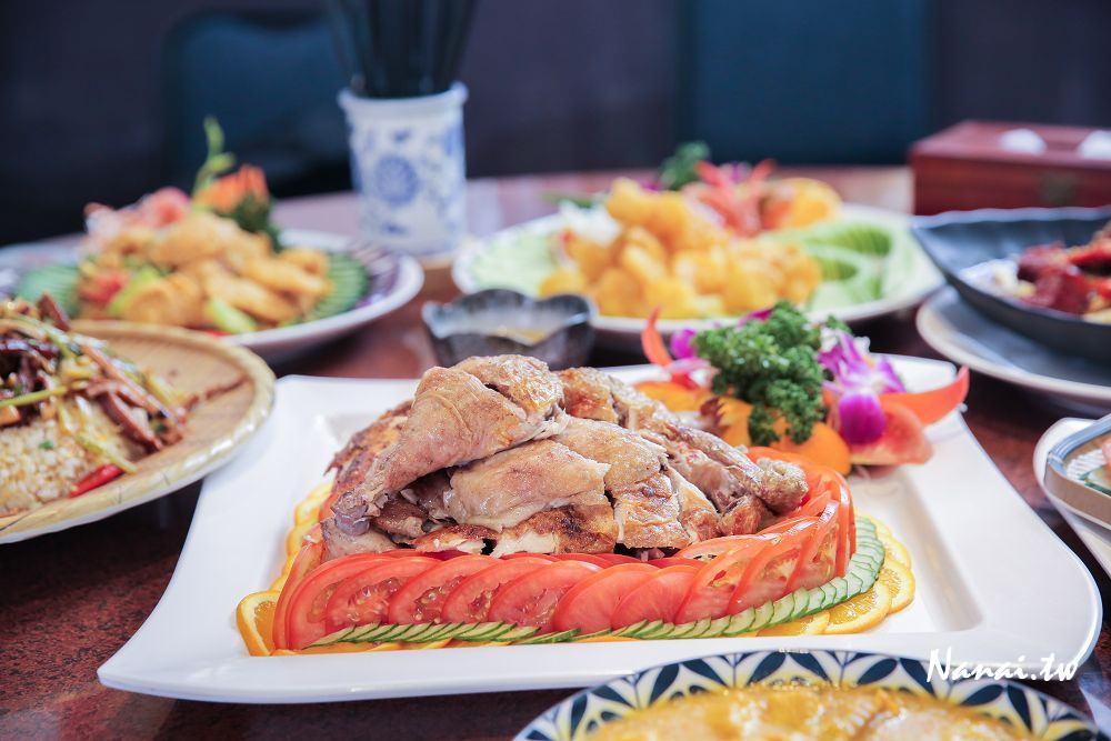 台中北屯》溫叨古早味料理餐廳。低調神隱的三合院古厝餐廳,好吃又古早味的桶仔雞
