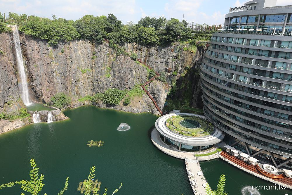 上海飯店》上海佘山世茂洲际酒店。世界十大建築奇蹟,礦坑打造海拔最低,地底16層超奢華飯店