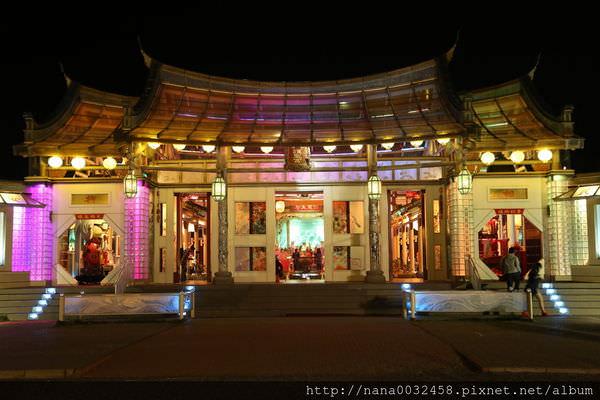 台灣玻璃廟.JPG
