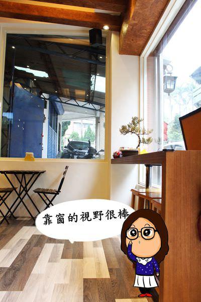 18-3M.E. Coffee Shop.JPG