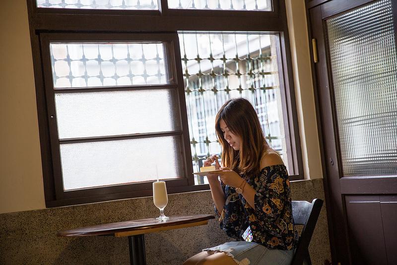 高雄西子灣-書店喫茶一二三亭 (17)
