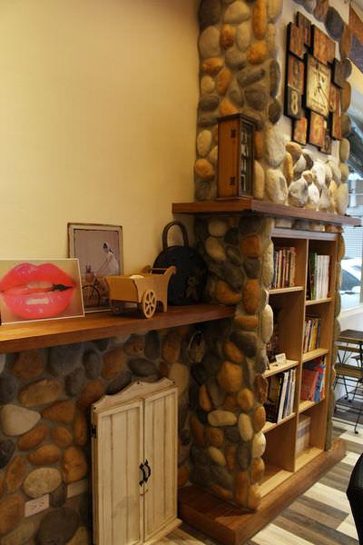 11M.E. Coffee Shop.JPG