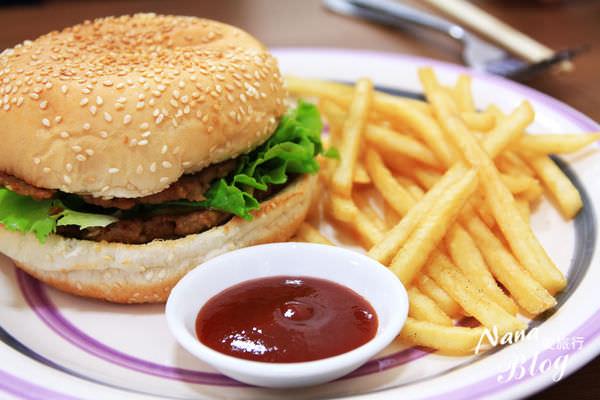 【苗栗頭份早午餐美食】弘爺漢堡❤在地人推薦的早午餐,份量十足又平價。頭份美食/頭份早午餐/頭份一日遊/頭份餐廳/尚順育樂世界