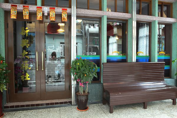 苗栗火車站咖啡店 新興大旅社 (6).JPG