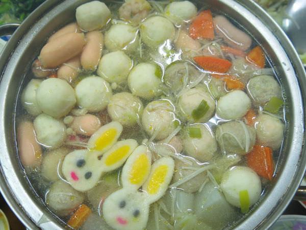 ★食★冬天到了!!DIY煮火鍋。桂冠明太子魚香腸
