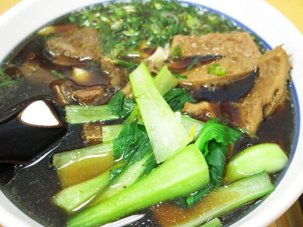 4牛肉麵 (1).JPG
