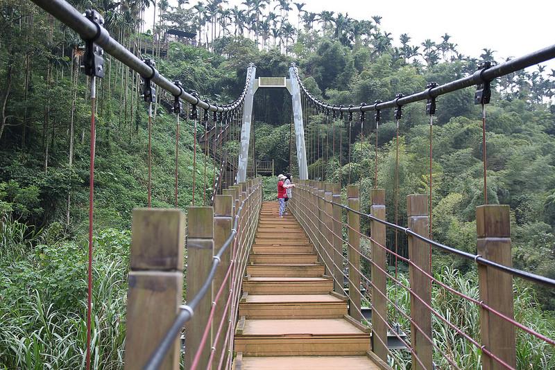 雲林景點-古坑華山小天梯‧情人橋 (9)