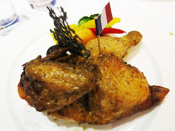 【員林美食餐廳】一秒法國普羅旺斯!南法私廚料理❤烘布蕾法式烤雞主題餐廳。邀約/員林鬆餅/員林義大利麵